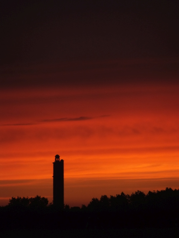 sway, sway tower, folly, lymington, sunset, red, silhouette, photo, photography, photograph